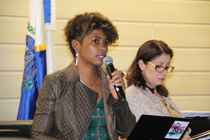 Professora Giovana Xavier comentou a questão racial durante seminário de violência de gênero
