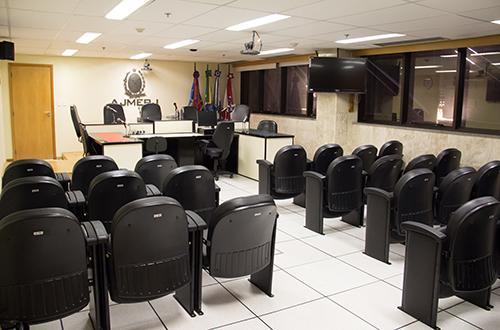 A nova sala de audiências da Auditoria da Justiça militar (Alexandre Moreira)