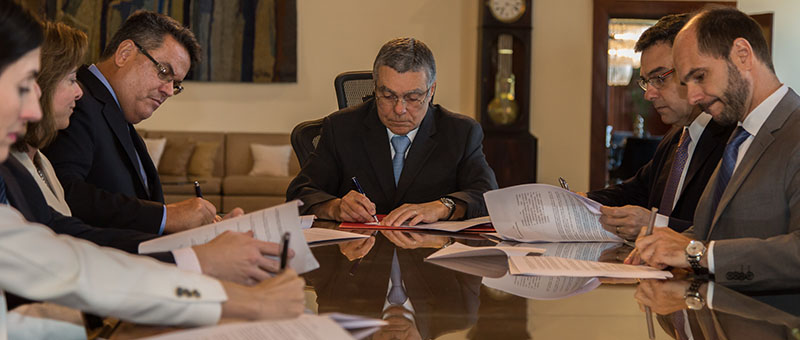 O acordo de cooperação objetiva reduzir a necessidade de repetições de depoimentos em diversos órgãos de atendimento