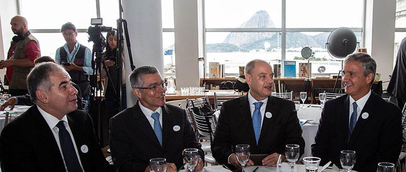 Desembargadores Marcus Bazílio, Milton Fernandes de Souza (presidente), Ricardo Couto e Henrique Figueira: questionamentos sobre reforma política