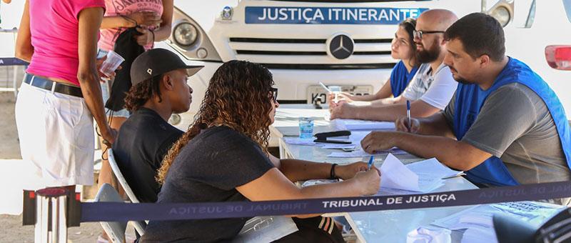 Ônibus do Justiça Itinerante fará atendimento especial aos moradores da Comunidade Boa Esperança na terça, dia 13, e quarta-feira, dia 14